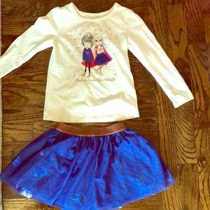 Long sleeve t shirt with matching tulle skirt